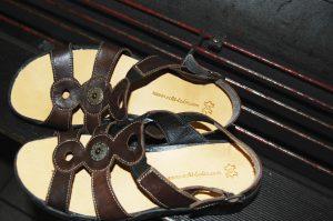 Neue Decksohle für Sandale